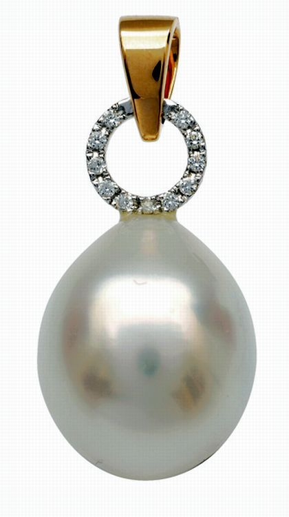 A South Sea pearl and diamond pendant, comprising a pear shaped pearl of pink and silver white hues, measuring 13.9mm, to an open diamond set circular surmount and bale, in two tone 18ct gold