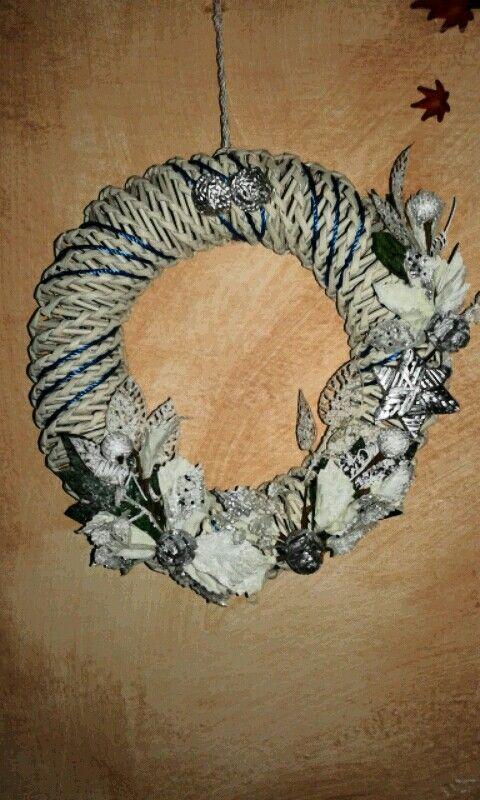 CORONAS /Ghirlanda natalizia bianca by Ilenia Pintus