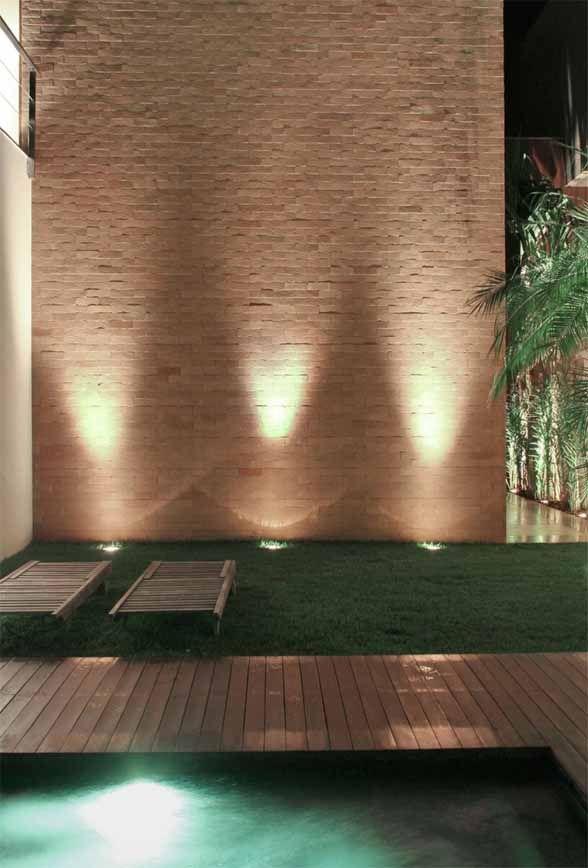 Modern Garden Lighting Design u2013 SF House by Studio Guilherme Torres | Architecture Design Interior & 371 best Outdoor lighting images on Pinterest | Gardens Facades ... azcodes.com