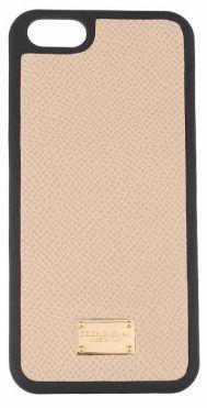Carcasa iPhone de la #D&G, disponibila aici: http://ttap.co/1EmqyjT