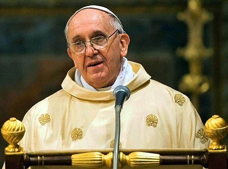 Bergoglio trata… ¡pero buena parte de su Iglesia se olvidó del Evangelio!