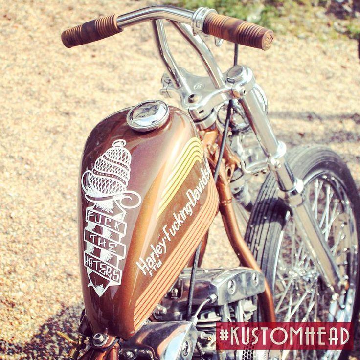 kustomhead: #kustomkulture #kustomkultureforever #kustomkultureart #hotrod #kustom #kkf #germany #custom #zecheewald #kkf2015 #herten #tattoo #pinstriping #kustom_kulture_forever #hotrods #swapmeet #rockabilly #lowbrow #kustoms #kustomkultureforever2015 #hotrodlife #draggersbikeshowparty #bikeshow #handmade #caferacer #vintage #ratrod #lowrider #lowriders (hier: Kustom Kulture Forever 2015)