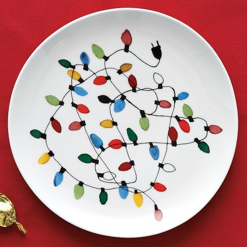 CHRISTMAS-LIGHTS DESSERT PLATES...think I'm gonna do the baked on Sharpie craft for a set of these, aDORable!