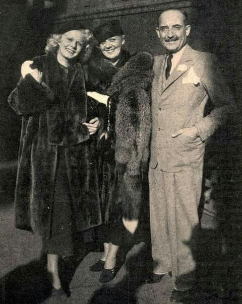 Jean with her mother and Mario Bello