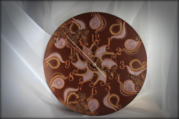 Часы на виниле - Красная Пустошь Диаметр 25см, кварцевый механизм бесшумного хода. В наличии.