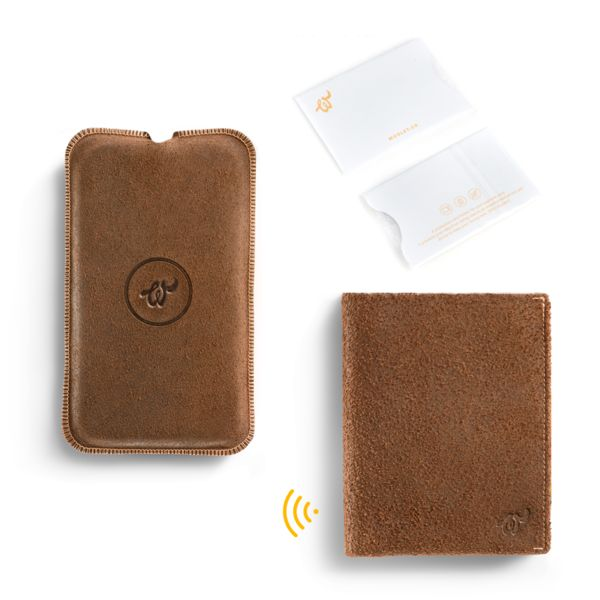 Brown Woolet XL Travel  - slim, smart wallet with matching Charging Pad and RFiD Blocker