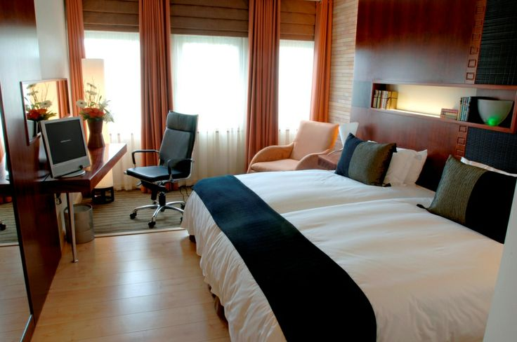 Deluxe Room side view