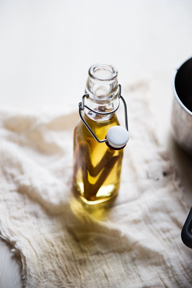 DIY Warming Vanilla Chai Body Oil Recipe