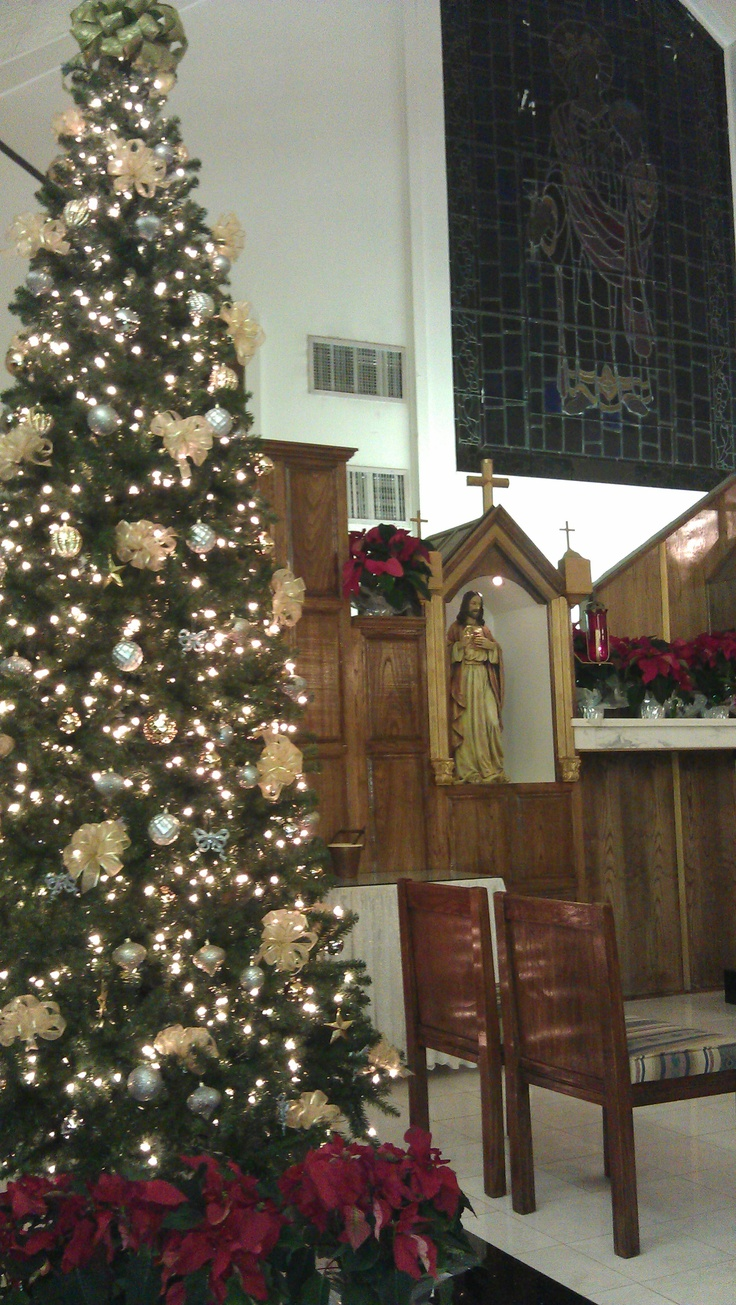 43 best churches at christmas images on pinterest for Christmas church decoration ideas