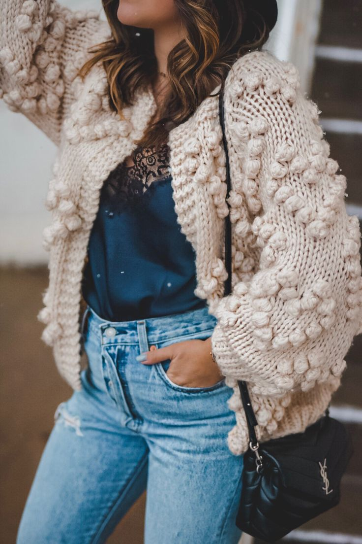 Outfits 2019 Outfits casual Outfits for moms Outfits for school Outfits for teen girls Outfits for work Outfits with hats Outfits women Oversized Cardigan Outfit, Knit Cardigan Outfit, Chunky Knit Cardigan, Cardigan Fashion, Outfit Jeans, Cardigan Pattern, Outfits With Hats, Casual Fall Outfits, Strick Cardigan