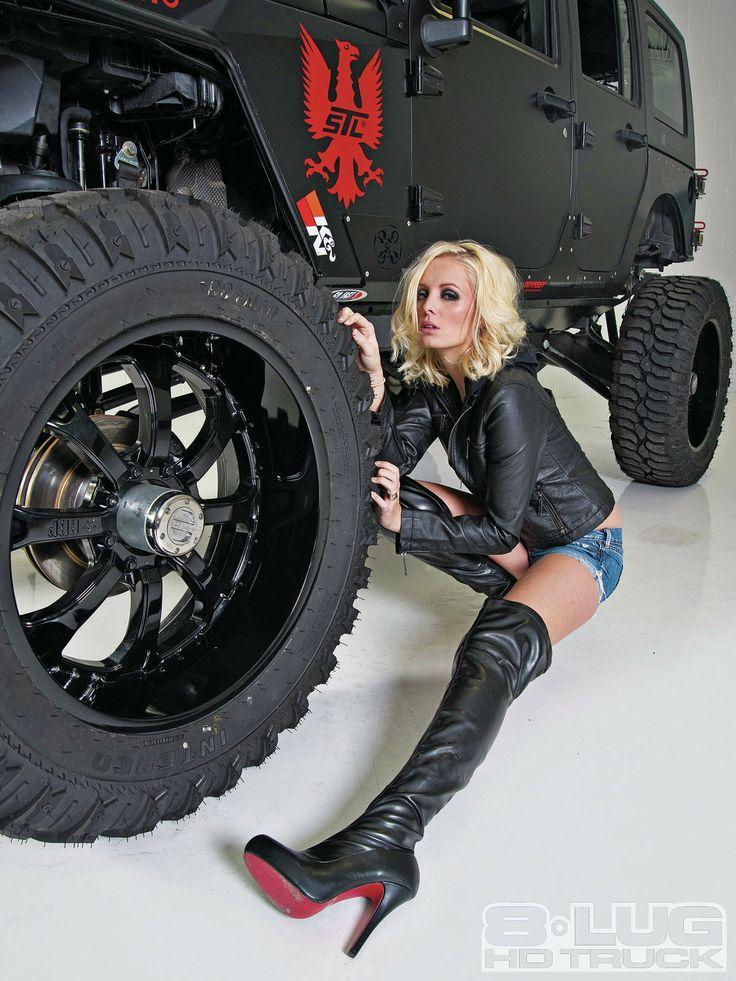 Eight Lug Jeep 2009 Jeep Wrangler 2009 Jeep Wrangler With Model Annelise Jorgenson