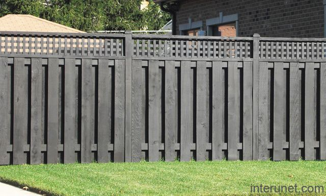 This says it's black but looks like a dark grey to me. wood-fence-painted-black.jpg (640×384)