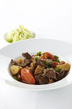 Recept gesmoord rundvlees met pastinaak, pompoen en rammenas