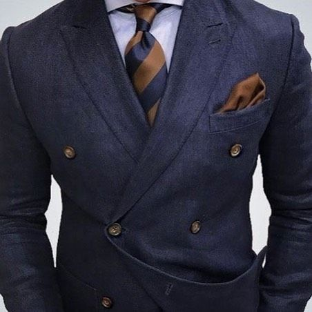 Perfect #outfit for the modern gentleman Have a good day from SARTORIA info@sartoriabespoketailors.com