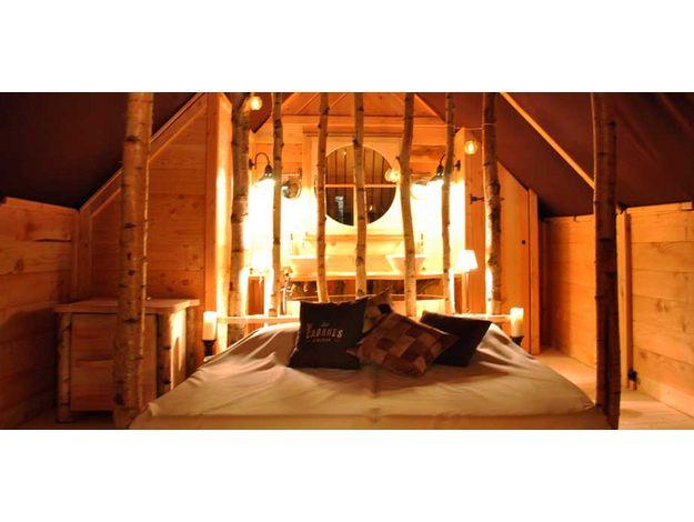 Découvrez la Cabane de Sophie, une cabane originale située dans le prestigieux Parc du Château de la Verrerie dans le nord du Berry