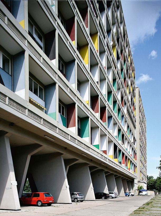 """Residential unit"""" in Berlin (1958)History of styles: France"""