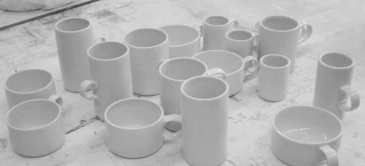 Veronika Hanke: Šálky (mugs)
