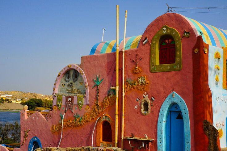 Google Image Result for http://fc00.deviantart.net/fs70/i/2012/136/d/5/new_nubian_house_by_nilemaster-d501b10.jpg