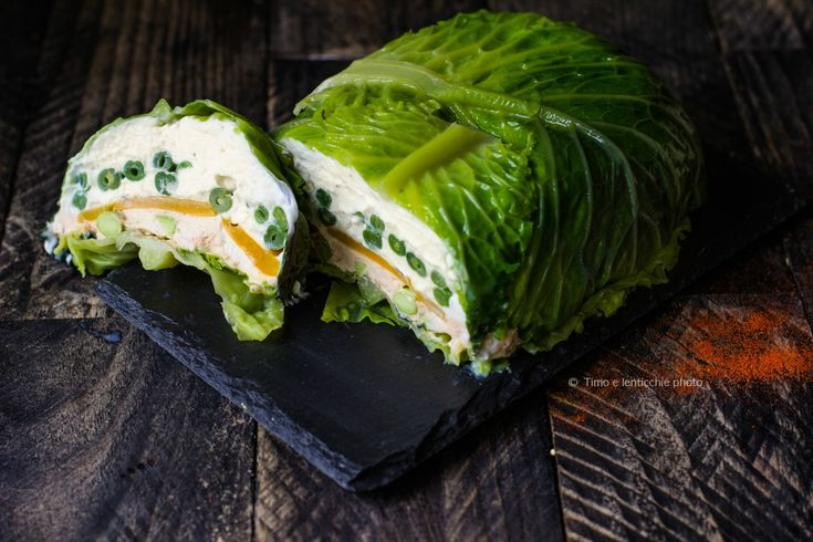 Un piatto di effetto, La terrina verde di una vegetariana, con ricotta e robiola di capra e verdure colorate. Ideale da servire come antipasto