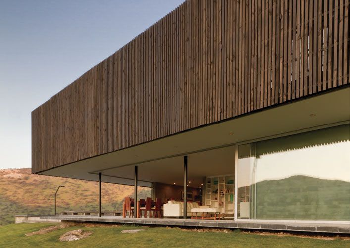 Casa O   Architects: 01Arq  Location: Colina, Chile  Design Team: Cristian Winckler, Pablo Saric, Felipe Fritz  Project Year: 2009