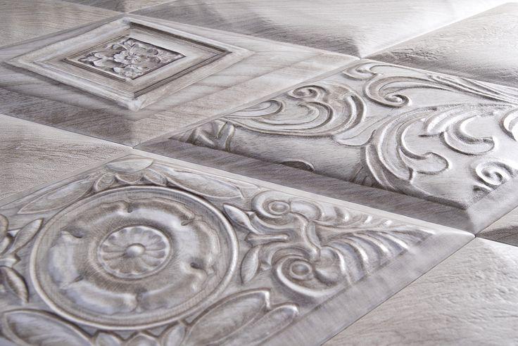 Detail Ceramic reliefs inspired by the woods of northern countries. Detalle Relieves ceramicos inspirados en maderas propias de paises frios.