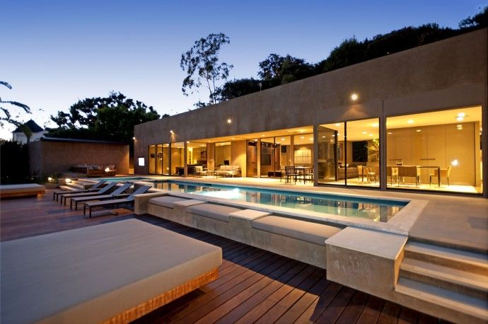 Villa design Cordell Drive Los Angeles