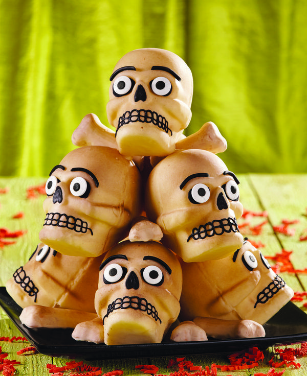 102 Best Halloween Mini Cakes Images On Pinterest