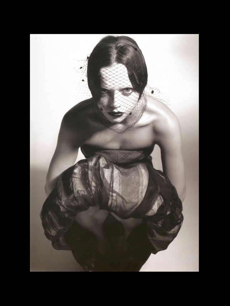 Christina Ricci #deathmetal #vampyyri #gootti #Helloween #μόδα #Jessicka #Addams #JackoffJill #NARS #Nymphomaniac #tijdschrift #Eurostar #Aries #Cancer #Leo #Pisces #Helloween #KMFDM #gothic #muoti #fashion #Spinefarm #indie #arthouse #EU27 #Gojira #punkki #noituus #Paris #Berlin #Brussels #Maastricht #Strasbourg #Alsace #Pamplona #Lissabon #Tukholma #Helsinki #Wien