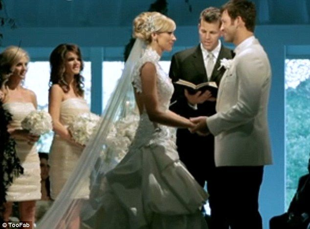 TONY ROMO MARRYING CANDICE CRAWFORD. BEAUTIFUL!!
