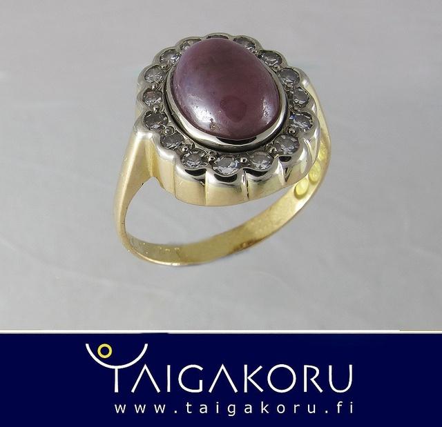 MS67 Timanttisormus, Lapin korundi. Diamond ring, corundum from Lapland. www.taigakoru.fi by TAIGAKORU, via Flickr