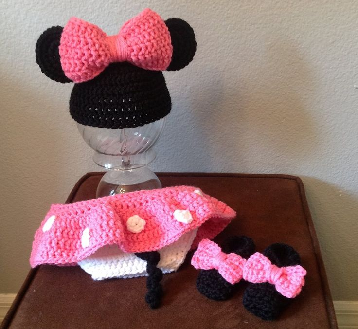 Snood Scarf Knitting Pattern : Minnie Mouse Crochet. Crochet & Knit Projects by Briana K Pinterest ...