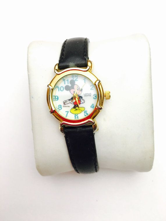 Lorus Mickey Mouse Watch vintage ladies Collectors by ESTATENOW  #vintage #disney #mickeymouse #watch #EtsyEur #etsy #etsyshop #instagood