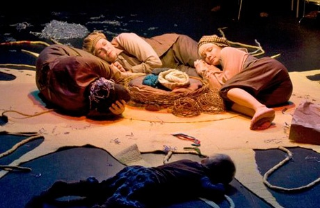 Sparrow - a play for toddlers at Vancouver International Children's Festival