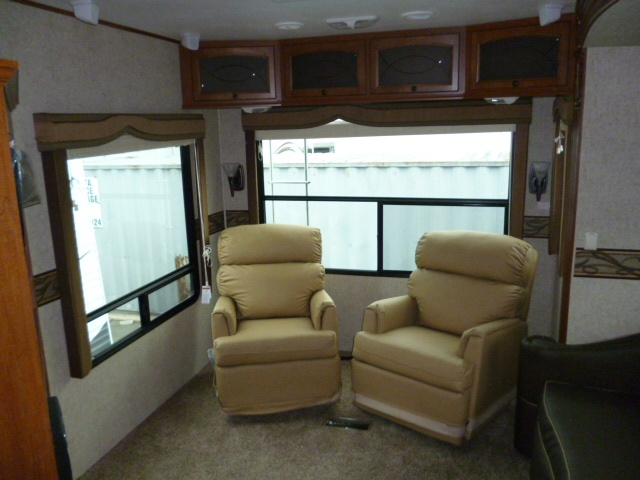 2013 Heartland BIG COUNTRY 3691SK for sale | Langley, BC