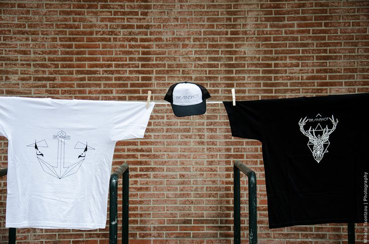 ANCOR // T SHIRT // WHITE BRAINSHOT CAP // B&W REINDEER // T SHIRT // BLACK