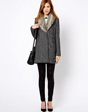 Best 25  Faux fur collar coat ideas on Pinterest | Fur collar coat ...