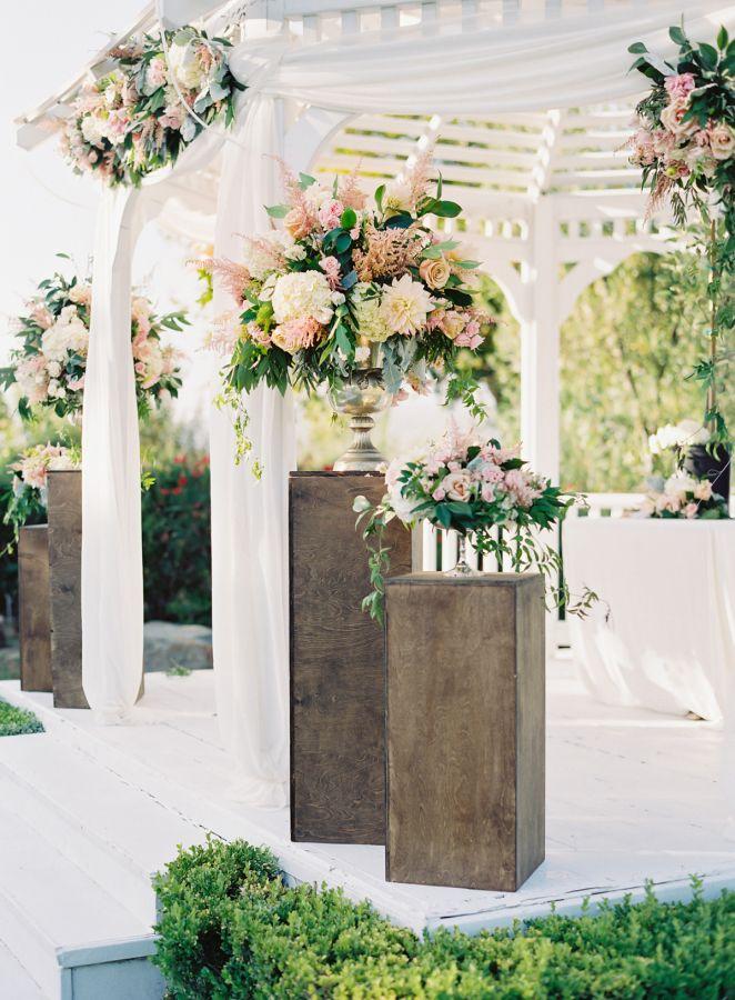 Blush-toned spring garden wedding: http://www.stylemepretty.com/2016/05/12/simple-elegant-blush-wedding/ | Photography: The Great Romance - http://thegreatromancephoto.com/