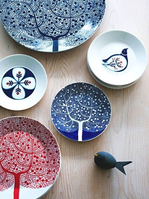 Super cute! love these dishes from lovelyfolkism:  Karolin Schnoor