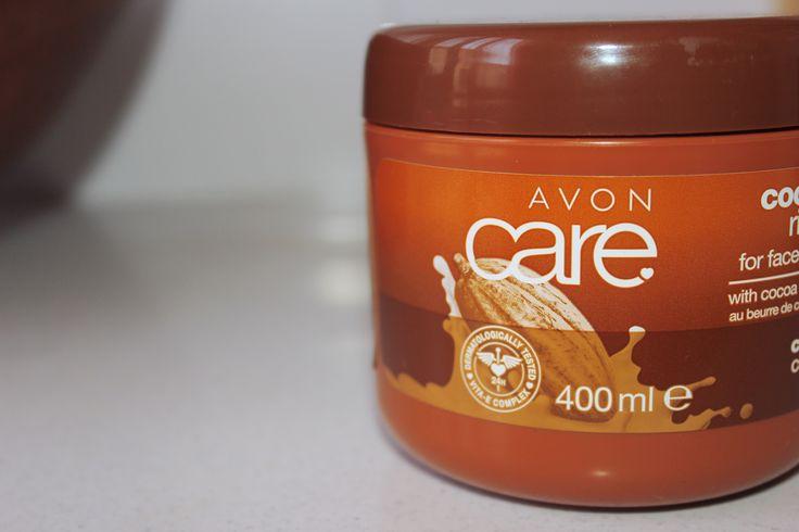 [REVIEW] – CREMA ULTRAIDRATANTE AL BURRO DI CACAO – AVON | the breezy bees. Ciao a tutti! Oggi voglio parlarvi si una delle creme che più sto amando negli ultimi mesi: la crema ultra-idratante al burro di cacao e vitamina E Avon.