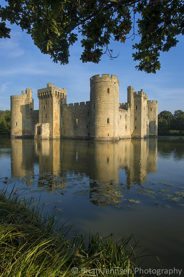 Perhaps one of Britain's most picturesque castles, Bodiam Castle was built by Sir Edward Dalyngrigge in 1385 and is now a popular tourist attraction operated by the National Trust.