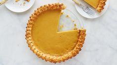 Make Martha Stewart's Maple Custard Pie recipe from the Classic New England episode of Martha Bakes airing on PBS Food.