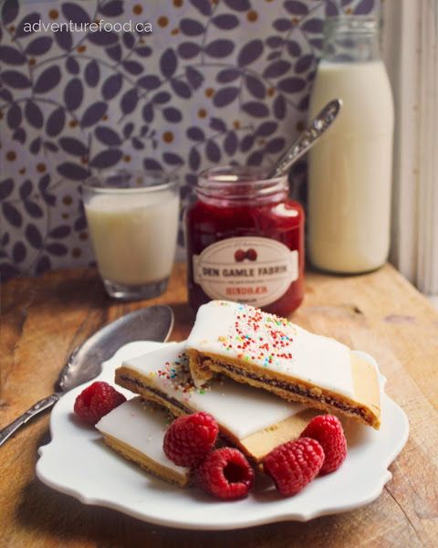 : Hindbærsnitter - Danish Pop Tarts, with a recipe in English