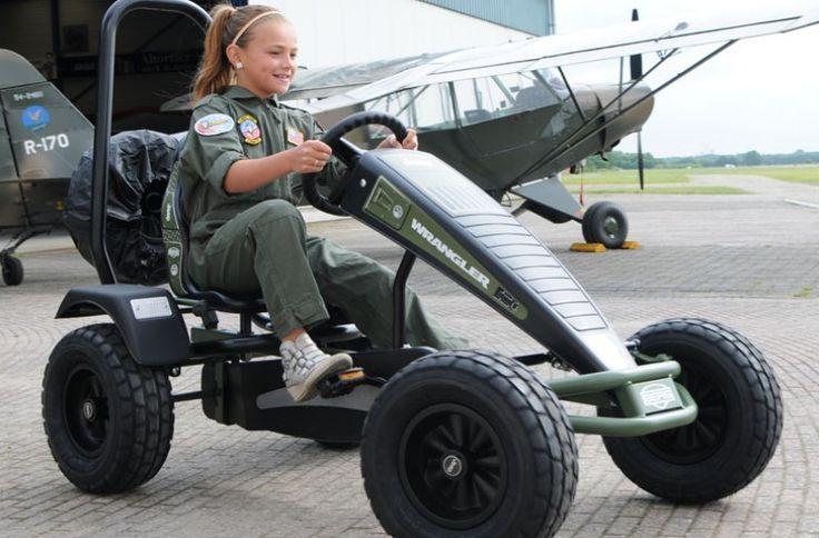 BERG Jeep Wranger Pedal Go-Kart