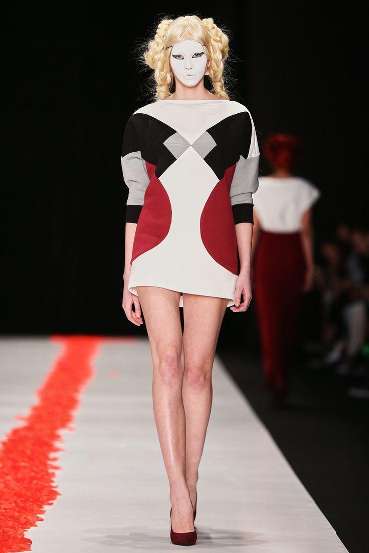 DIMANEU Uka FW 15/16 fashion show