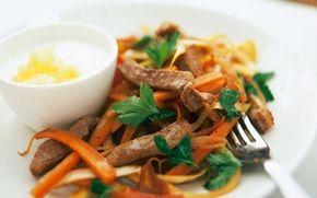 Somrig wok som du också kan göra med nötkött eller kyckling.