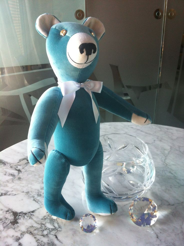 """Tiffany"" Adult Teddy Bear, by GSBears. Charming Barcelona Teddy Bears."