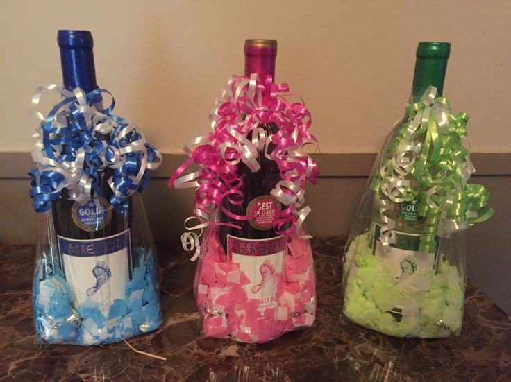 Barefoot wine in gift / treat bag with confetti and Hershey kisses used as gifts for baby shower games