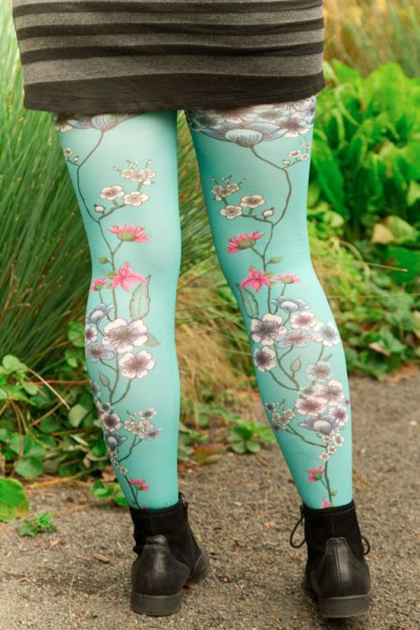 4d9651e148f92 Mariette Bleue Printed Tights | outfit ideas | Tights, Plus size ...