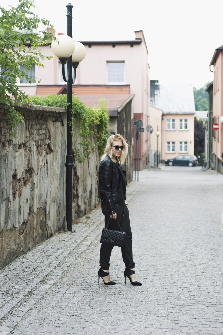 Czarne czółenka  #shoes #blackshoes #heels