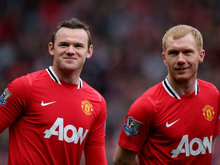 A Rooney brace and a classy performance from Scholes inspired Manchester United to a 4-0 win over Aston Villa to re-establish their 5 point lead at the top